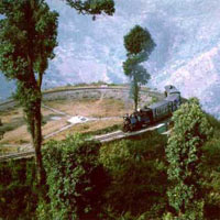 Darjeeling - Gangtok - Lachen - Lachung Tour Package (8 D & 7 N)
