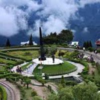 Darjeeling - Gangtok - Lachung - Pelling Tour Package (9 D & 8 N)