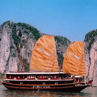 Hanoi - Halong Excursion Tour (4 D & 3 N)