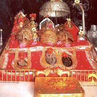 Vaishno Devi with Shivkhori & Patnitop Tour