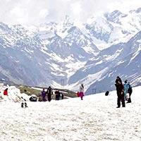 Manali - Rohtang Pass Tour